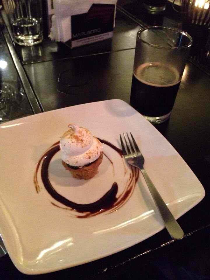 Peanut Butter S'mores Cupcake Paired with Sultana Cafe Latte Stout
